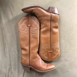 Frye Light Brown Women's Cowboy Boots